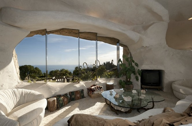 Flintstone-house-2